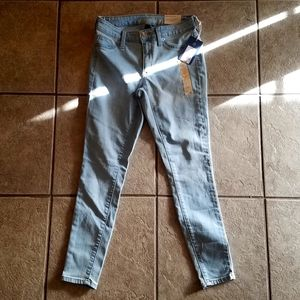 Mid-Rise Jegging Universal Thread Jeans
